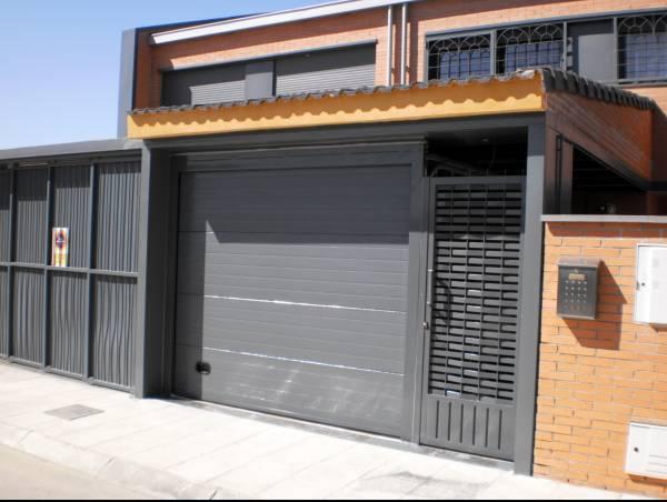 Talleres chac n proyectos realizados forja cerrajeria - Proyecto puerta de garaje ...